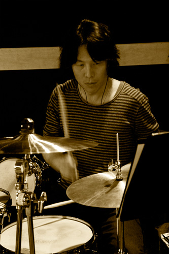 photo_120320_UK_BDlive_rehearsal_irikura.jpg